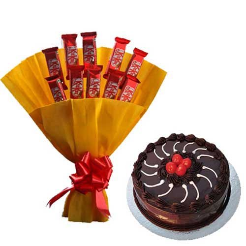 Kitkat Bunch with cake