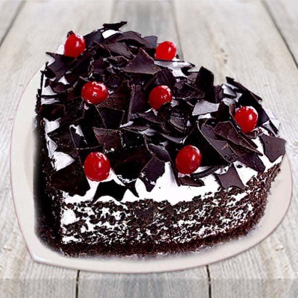 Half kg Heart Shape Black Forest Cake