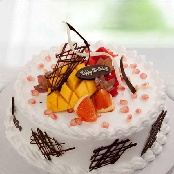 Mixed Fruit Toppings Cake