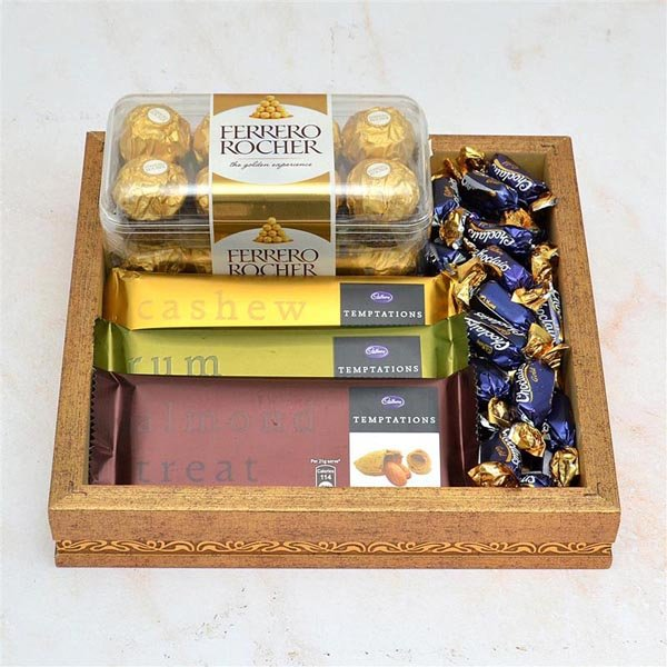 Chocolate Thali - 3 pcs Temptation and Ferrero Rocher in a Thali