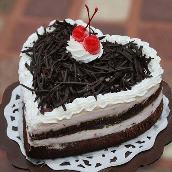 Heartshape Black Forest Cake