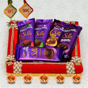 Dairy Milk Silk in a Square Thali