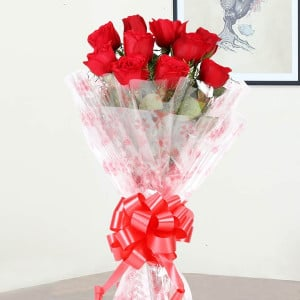 Small Red Roses Bunch