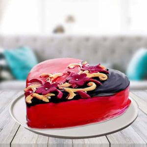 Half kg Choco Strawberry Heart Shape Cake