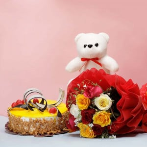 Flowers Cake and Teddy Online
