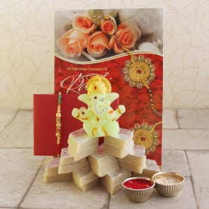 Thoughtful & Expressive Gift Hamper