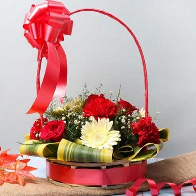 Valentine Basket Arrangement Online
