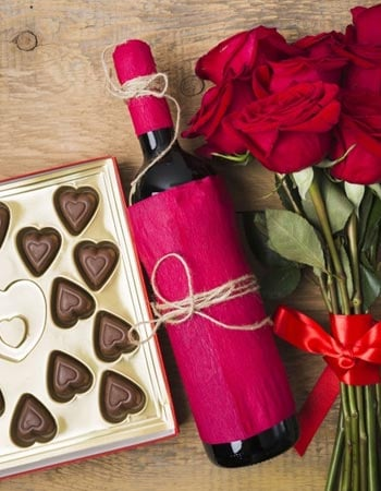 Wedding Anniversary gifts online